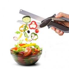 Повеќенаменска кујнска ножица со даска